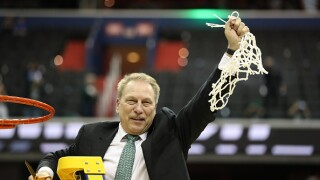 Tom Izzo cuts nets