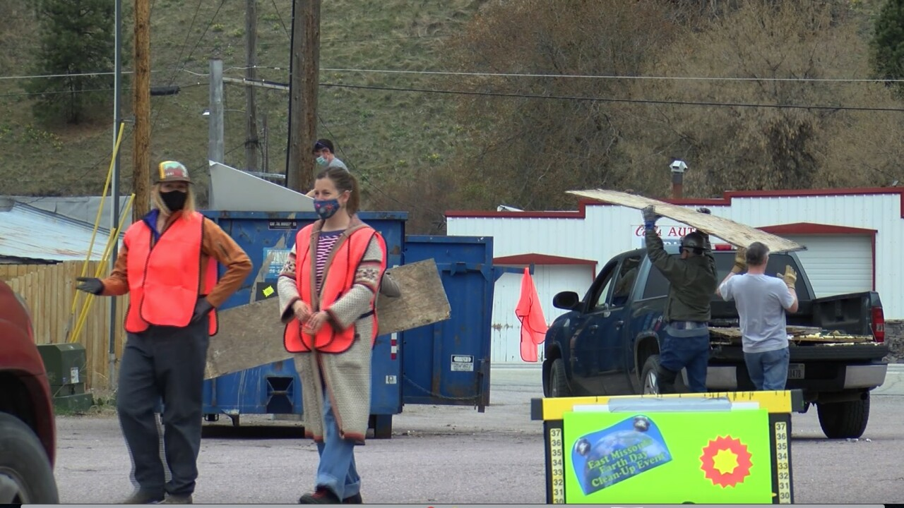 East Missoula United hosts clean up