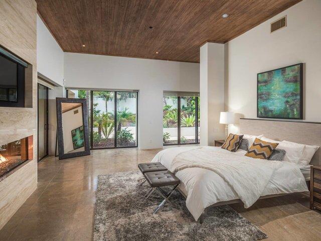 Rancho Santa Fe home has luxurious indoor, outdoor living space