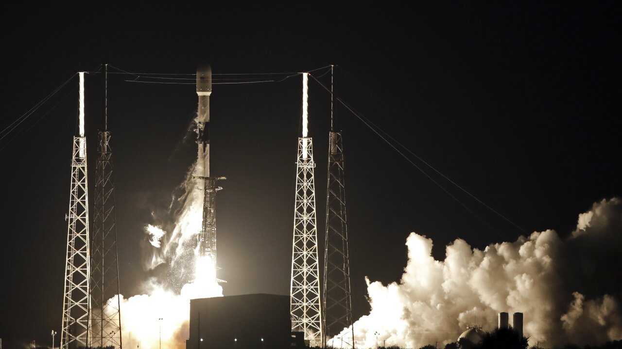 SpaceX wants to beam internet across the southern U.S. by late 2020