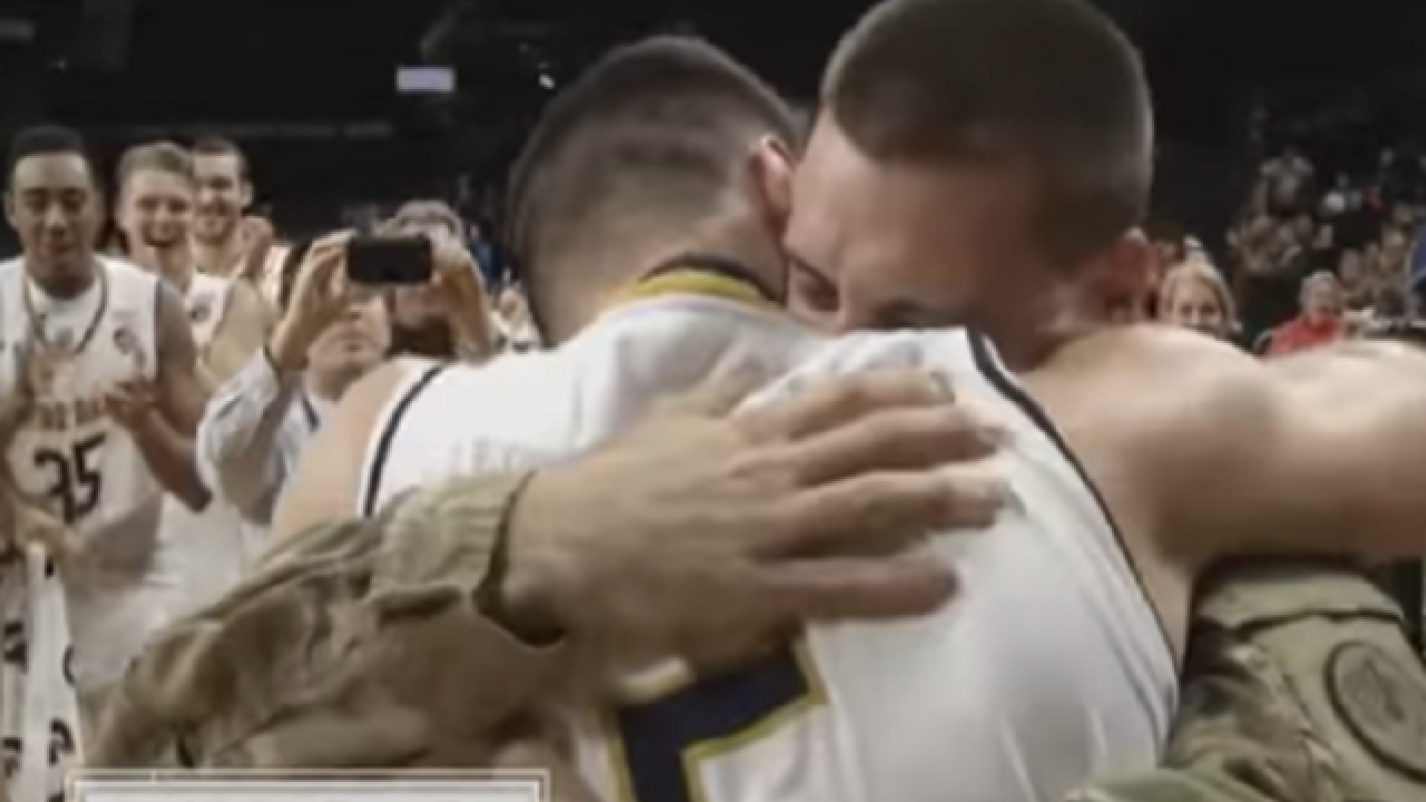 Notre Dame's Matt Farrell gets surprise visit from Army brother