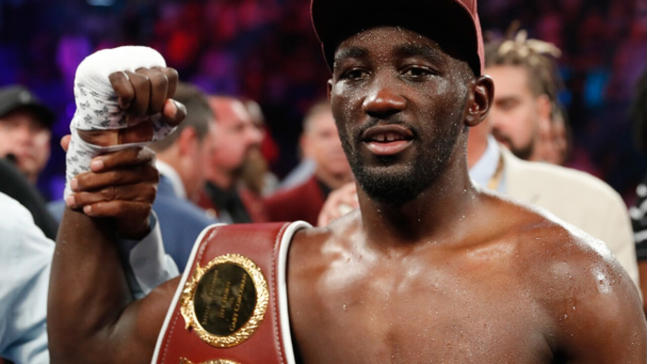 Terence Crawford knocks out Jose Benavidez in the 12th round