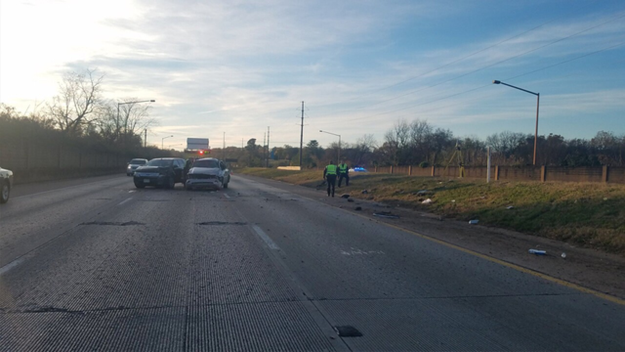 Woman killed in rollover crash on I-440 West near I-65