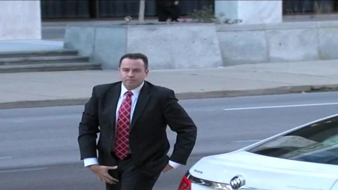 FOLLOW LIVE: Jared Fogle sentencing