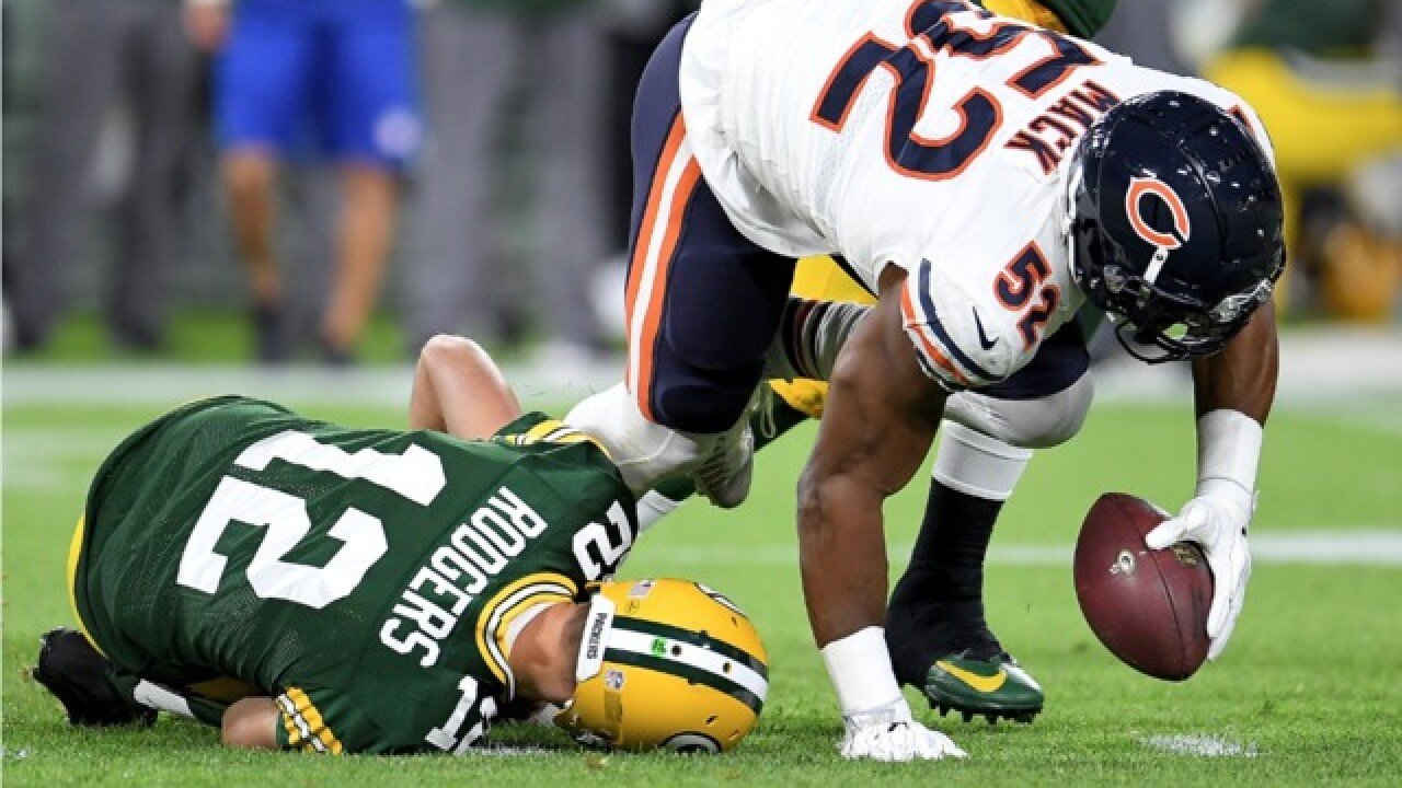 Local sports medicine specialist weighs in on Rodgers' knee injury