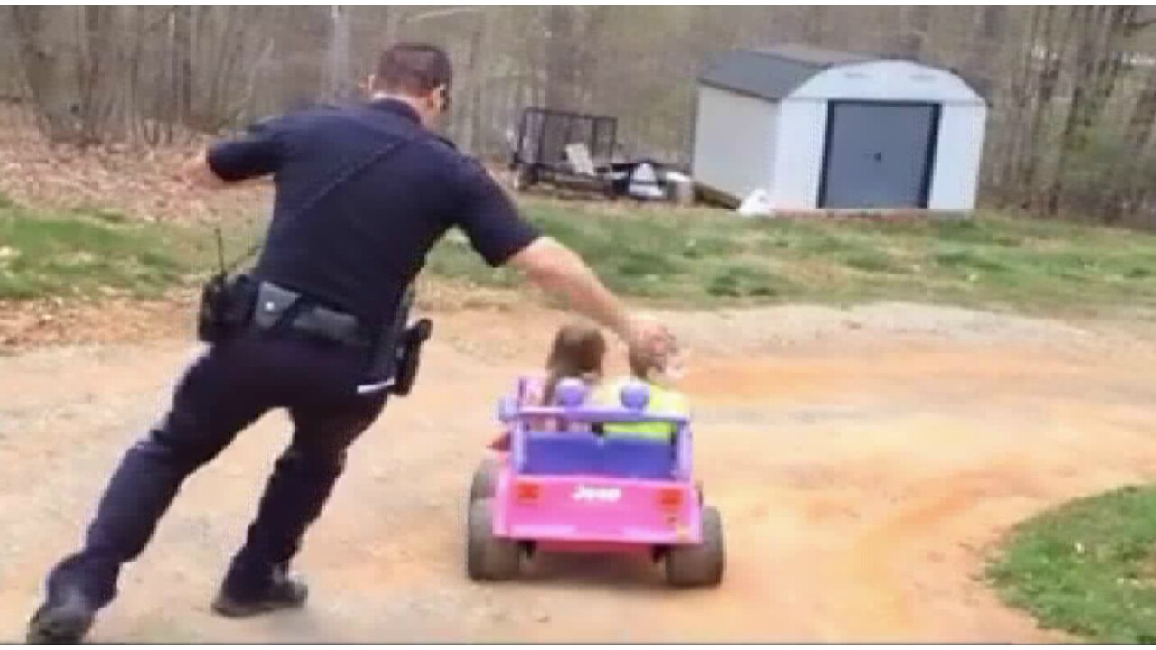 'Floor it!' Police officer chases kids in viral Facebookvideo