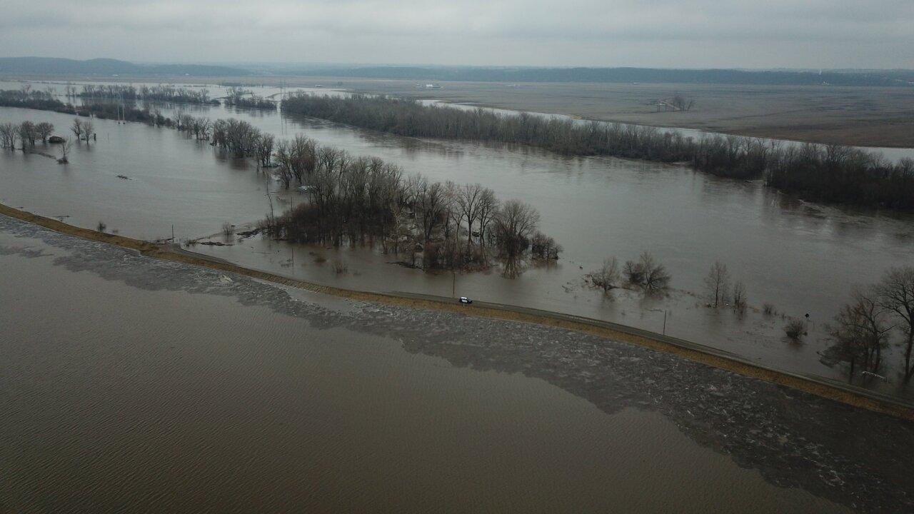 Leavenworth PD flooding 4.jpg