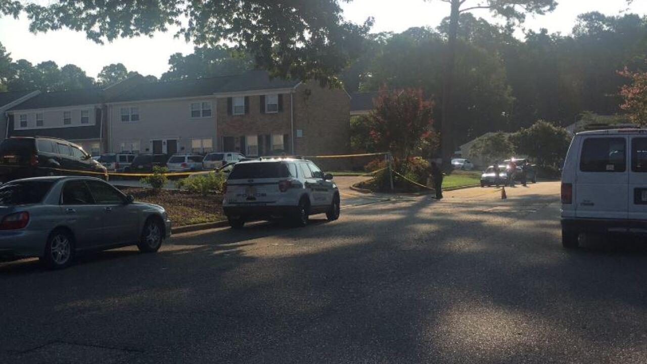 Man shot in Newport News, policeinvestigate