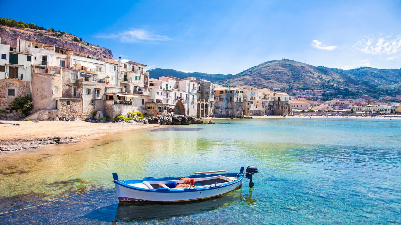 If you visit Sicily this year, the government will help pay for your flight and hotel