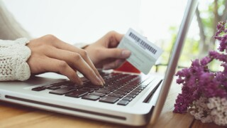 How to avoid online shopping fraud