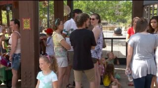 Hogle Zoo patrons react to escaped leopard duringvisit