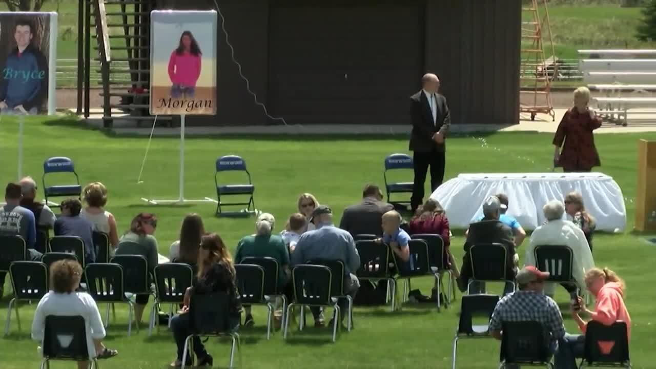 Highwood conducts graduation ceremony