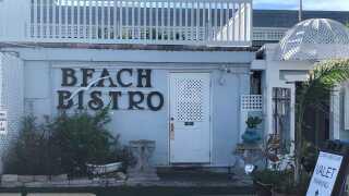 beach bistro-holmes beach.jpg