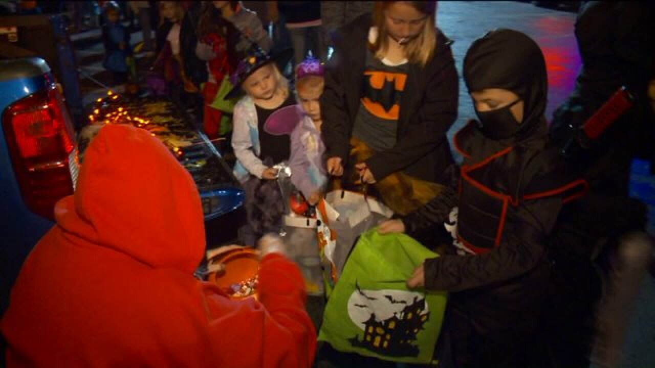 Hundreds attend annual Trunk-or-Treat in Taylorsville