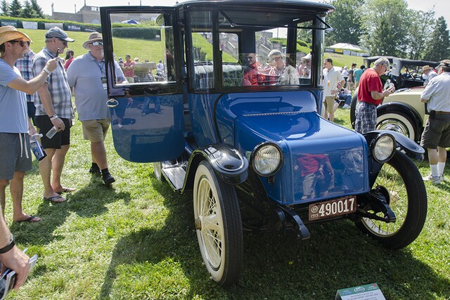 Classic cars, motorcycles gather for 40th annual Concours d'Elegance in Ault Park