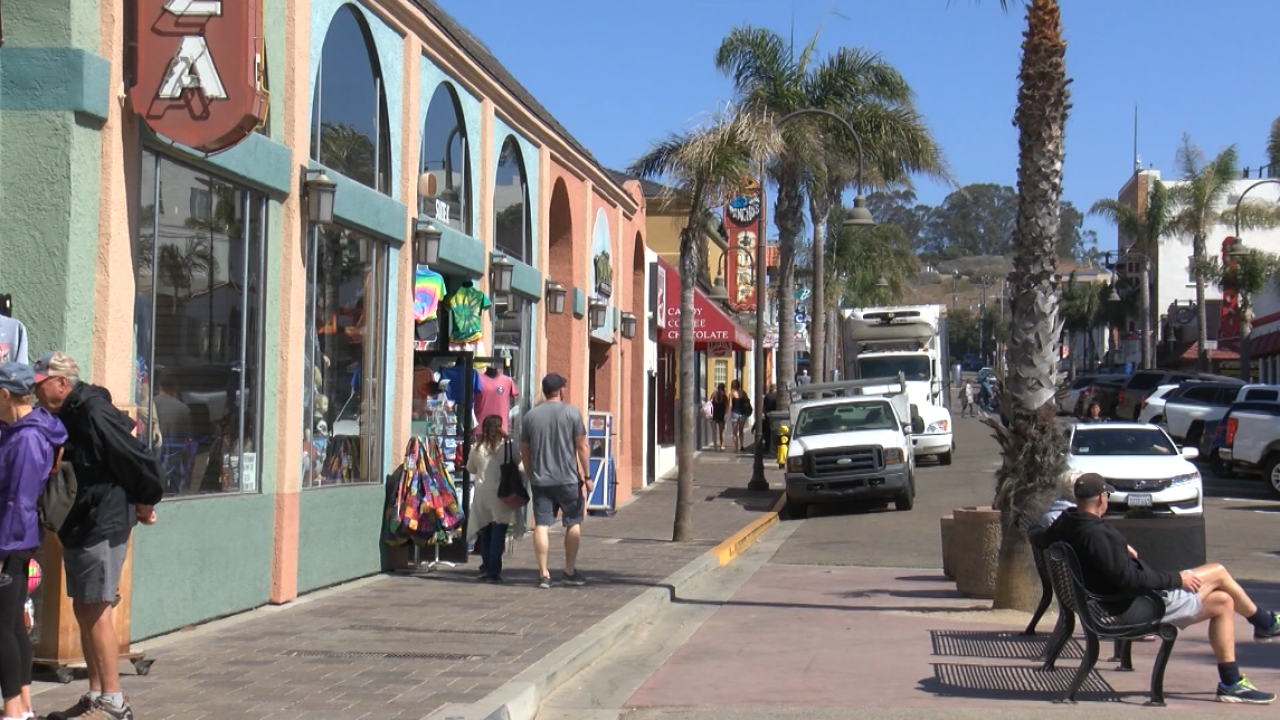 pismo beach downtown.PNG