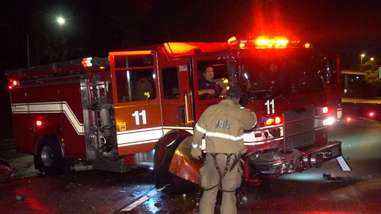 San Diego Fire Rescue truck crash Nov. 30, 2018
