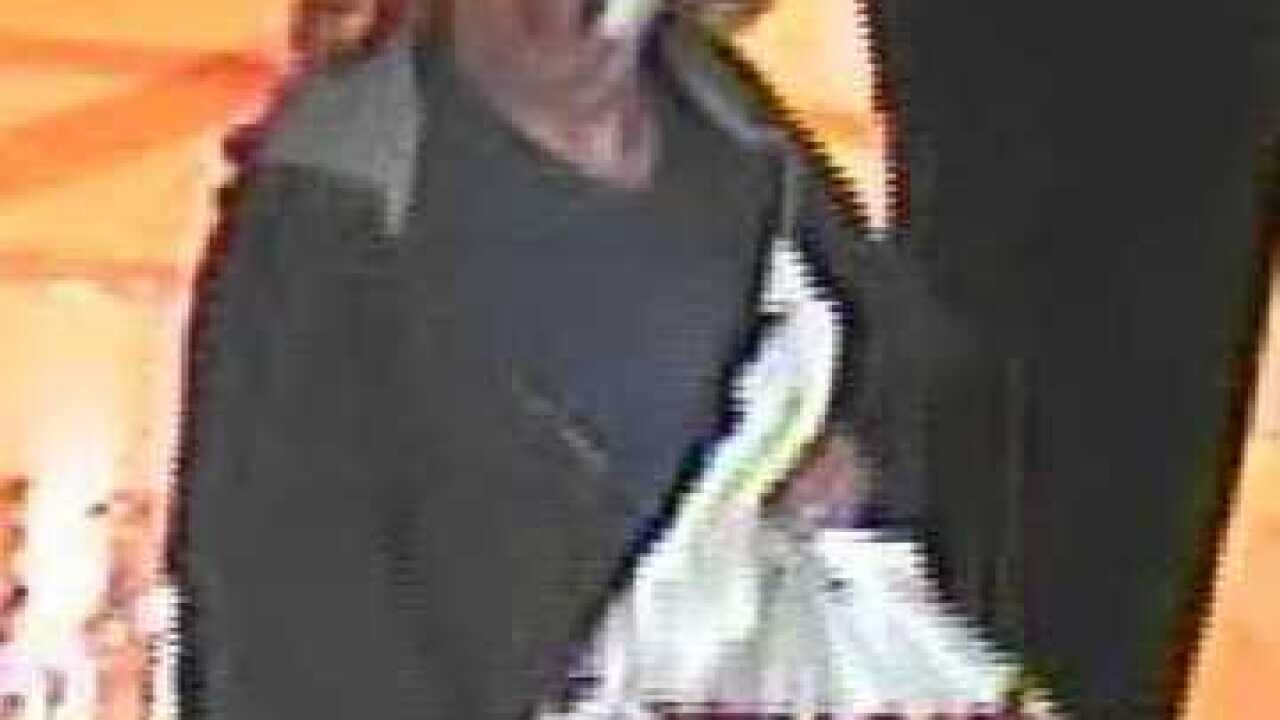 Man robs Bellagio poker cage with handgun
