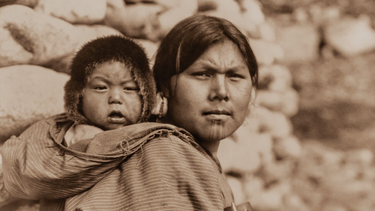 Ch6-1_Diomede Mother and child_1280pxwide.jpg