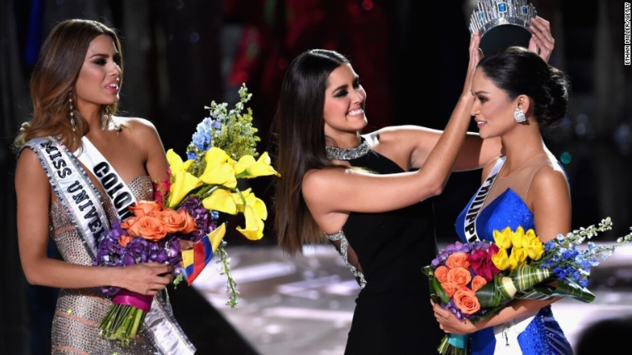 Steve Harvey mistakenly crowns the wrong Miss Universe 2015