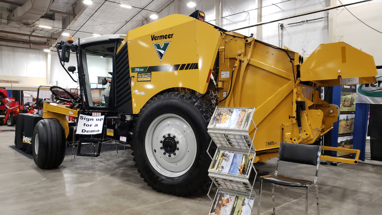 Montana Ag Network: New self-propelled round baler makes debut at MATE Show
