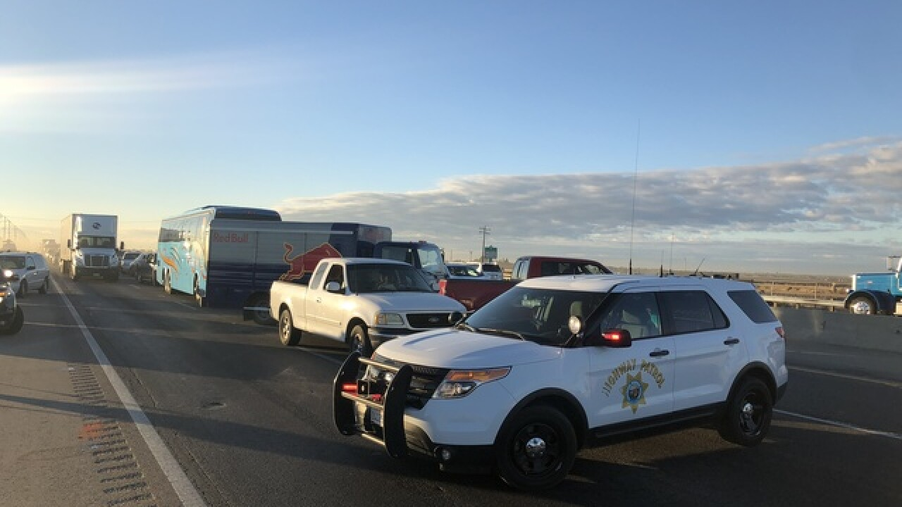 Four Car Crash On Northbound 99 Near Merle Haggard Dr Ten People Injured