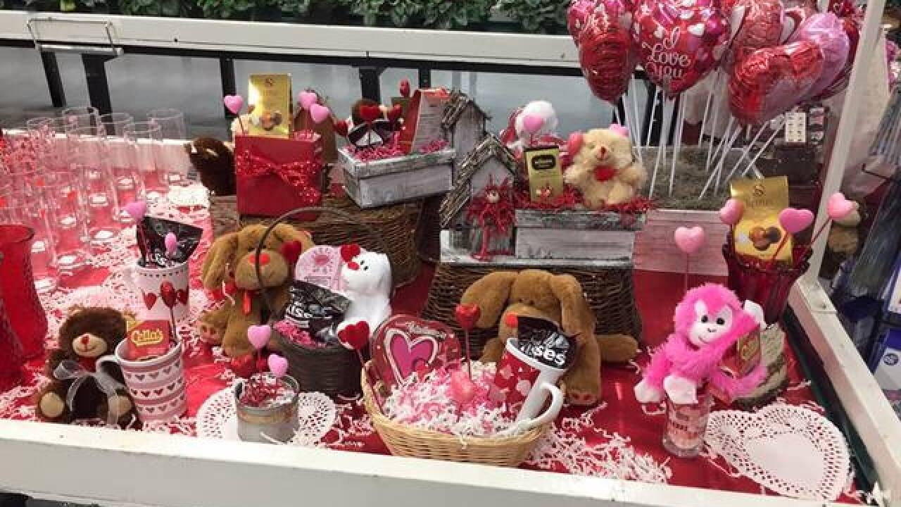 Professional help for Valentine's gift-giving