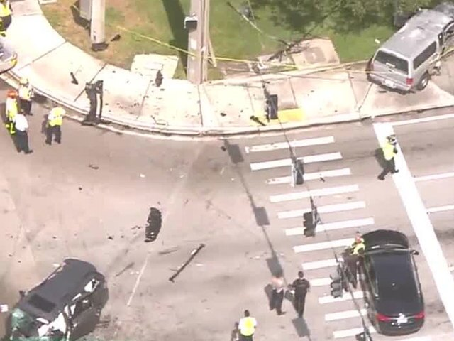 PHOTOS: Armed robbery, chase causes 3-vehicle Boca Raton crash