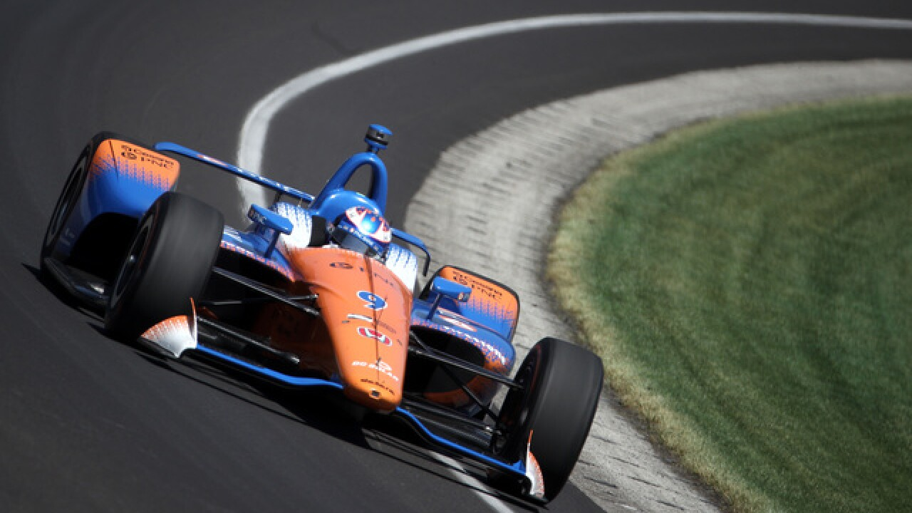 Scott Dixon beats James Hinchcliffe to win pit stop challenge at Indy