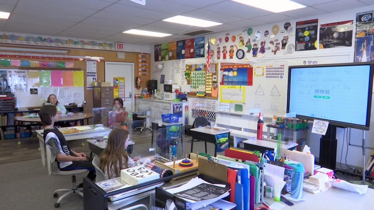 033121 MOLT SCHOOL CLASSROOM.jpg