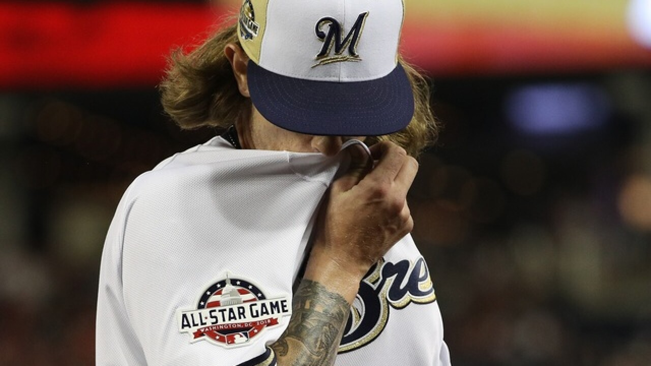 Brewers reliever Josh Hader apologizes to teammates