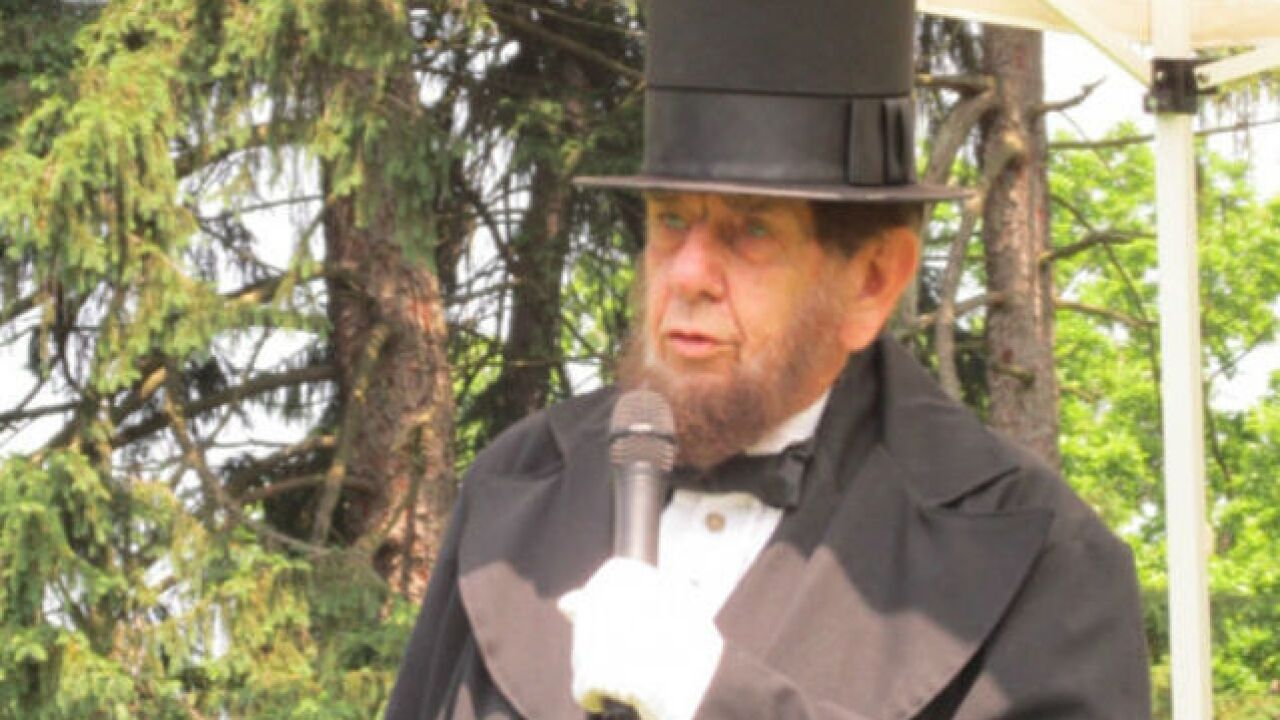 Our own Honest Abe resumes Memorial Day role