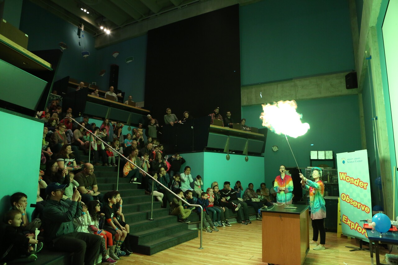 Great Lakes Science Center big science show