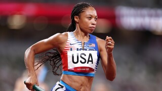 Felix steers star-studded relay to gold, surpassing Lewis with medal No. 11