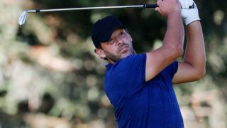 Tony Romo has impressive first round at PGA Tour event; could miss Sunday's call