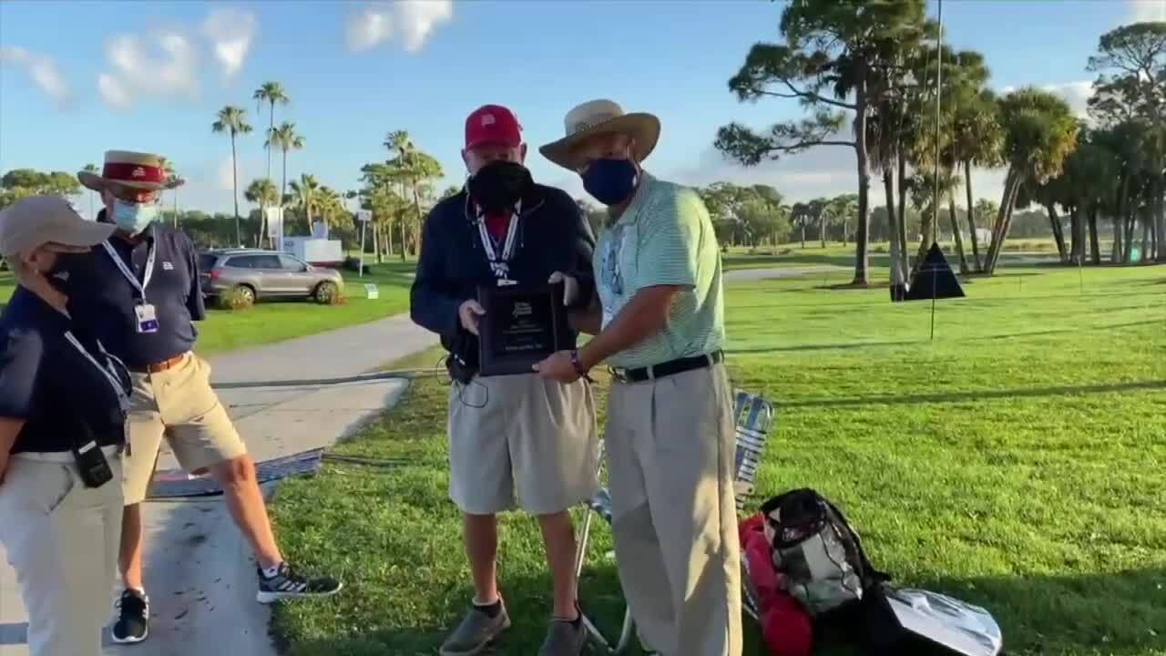 Tom Gibbs presented with volunteer of the year award at 2021 Honda Classic