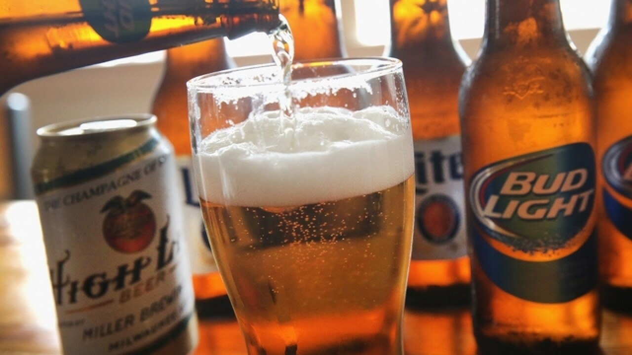 Tie-up of world's biggest beer makers clears final hurdle
