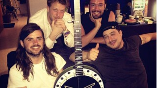 Mumford and Sons auctions banjo to Tulsa charity