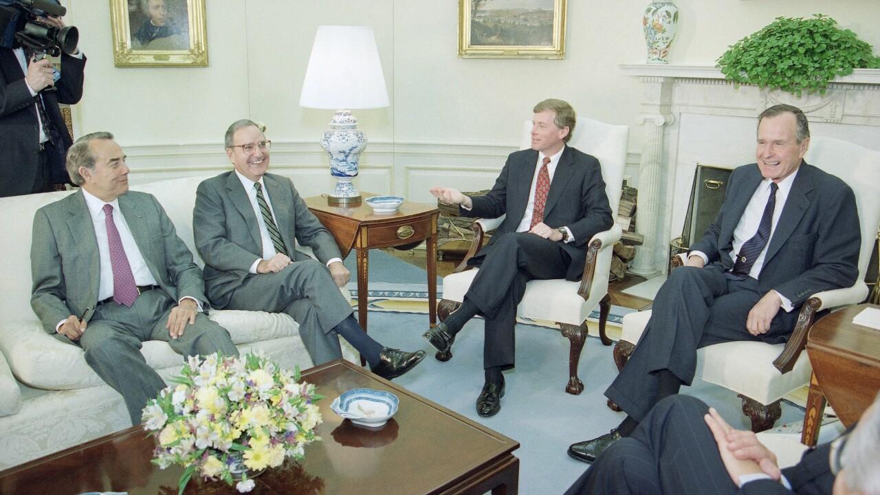 George H W Bush Washington 1993 AP