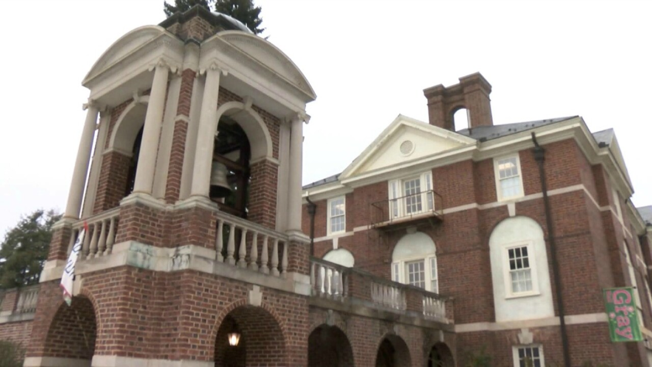 Sweet Briar College to remain open; alumnae make  $12 million commitment