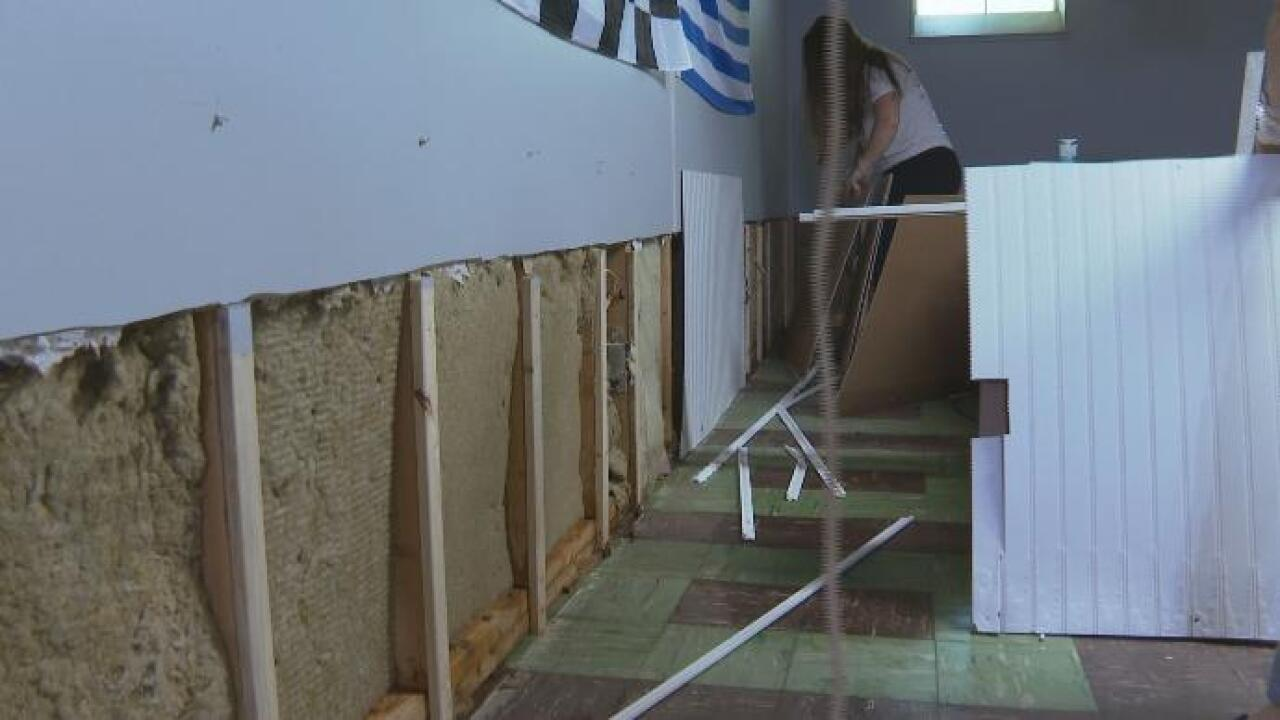 Lansing family's basement floods