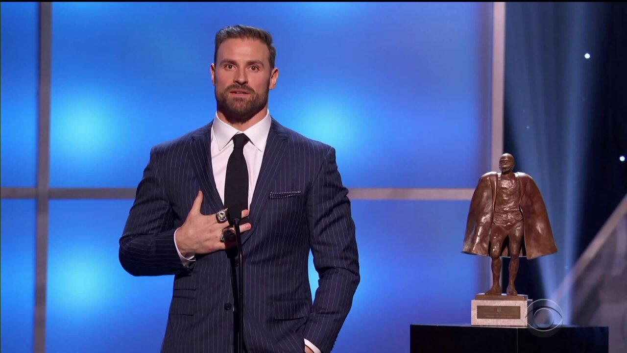 Charlottesville's Chris Long named NFL's Walter Payton Man of theYear
