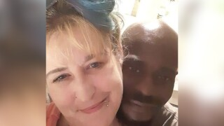 Fiancé of man killed by police while holding her at knife point demands justice.jpg