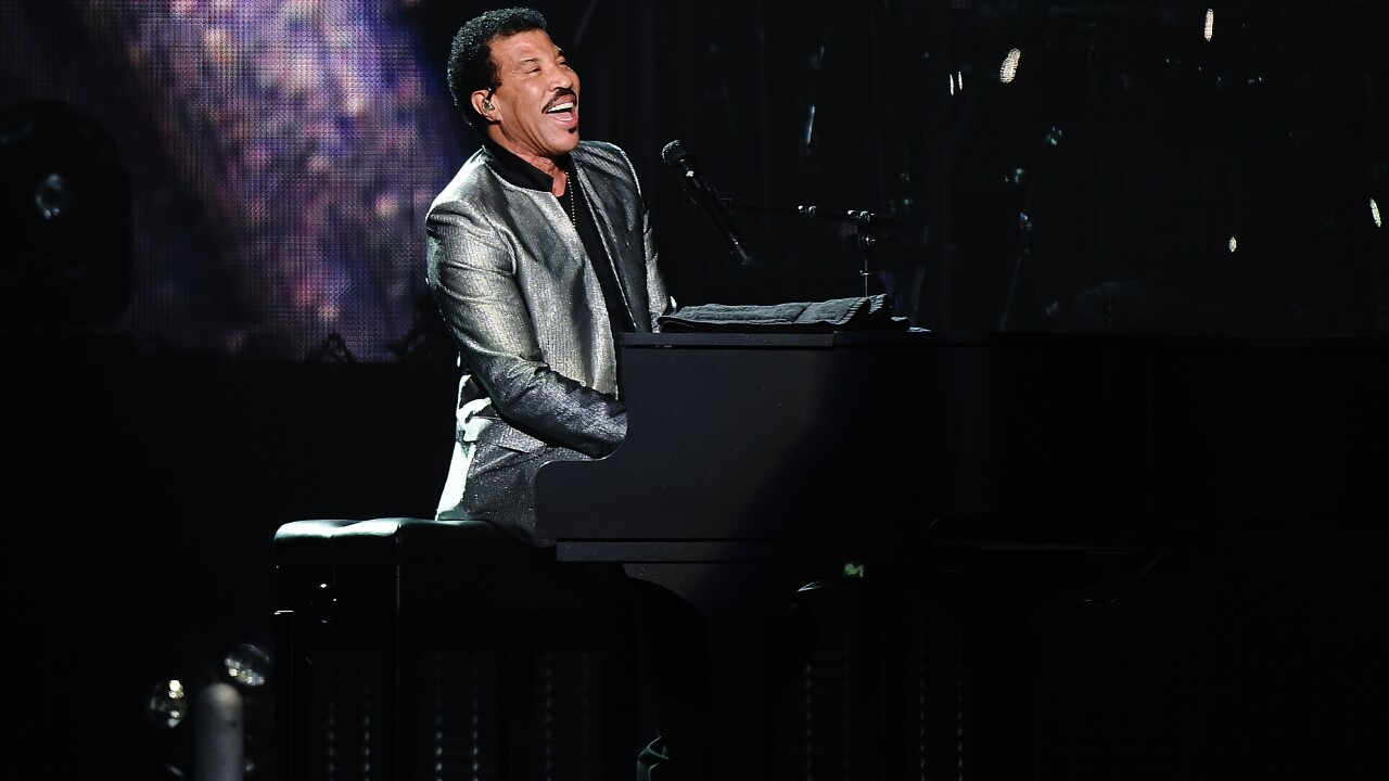 Lionel Richie To Headline Summerfest With Special Guest Michael Mcdonald