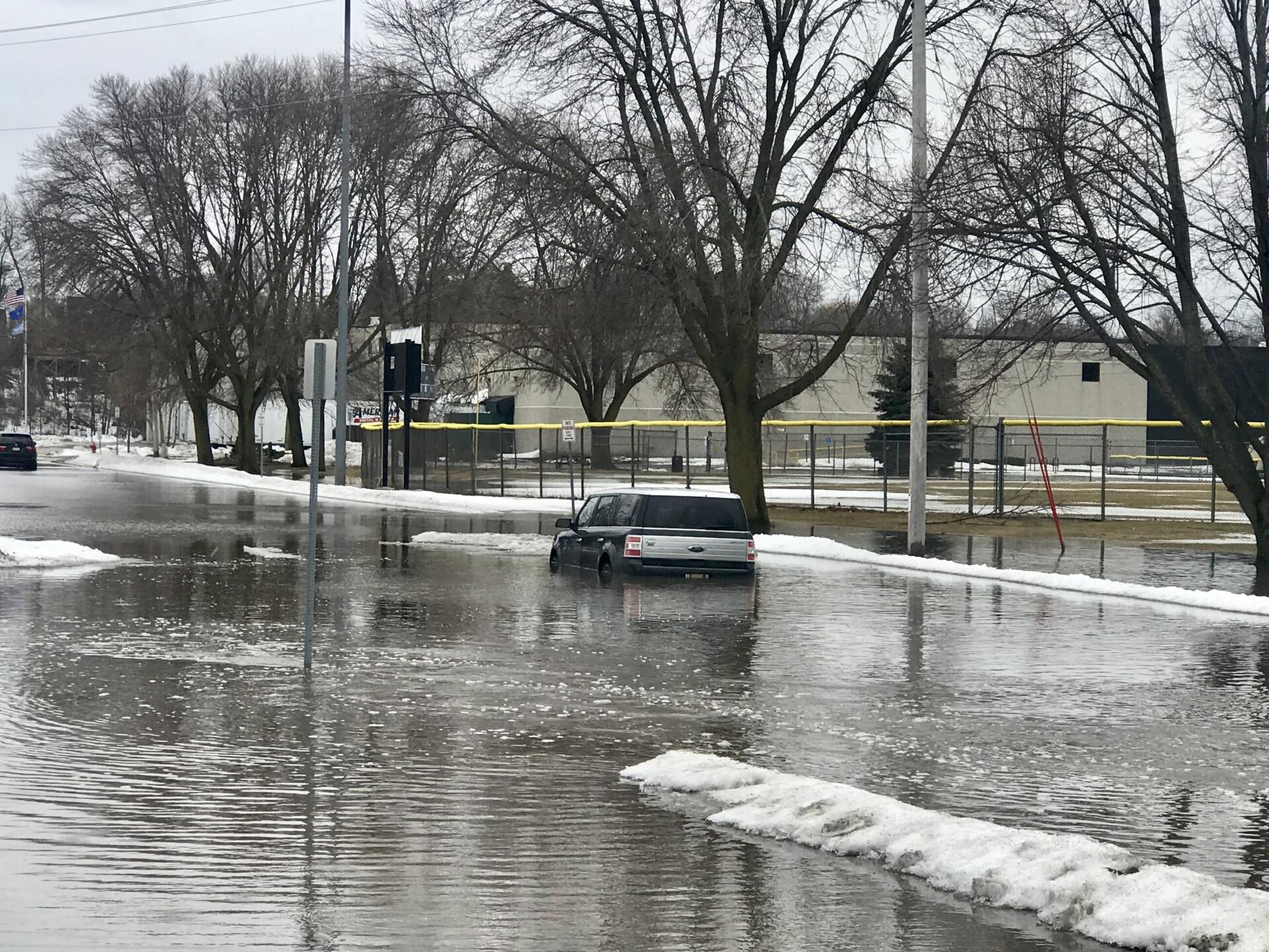 Car stuck in Sheboygan flooding