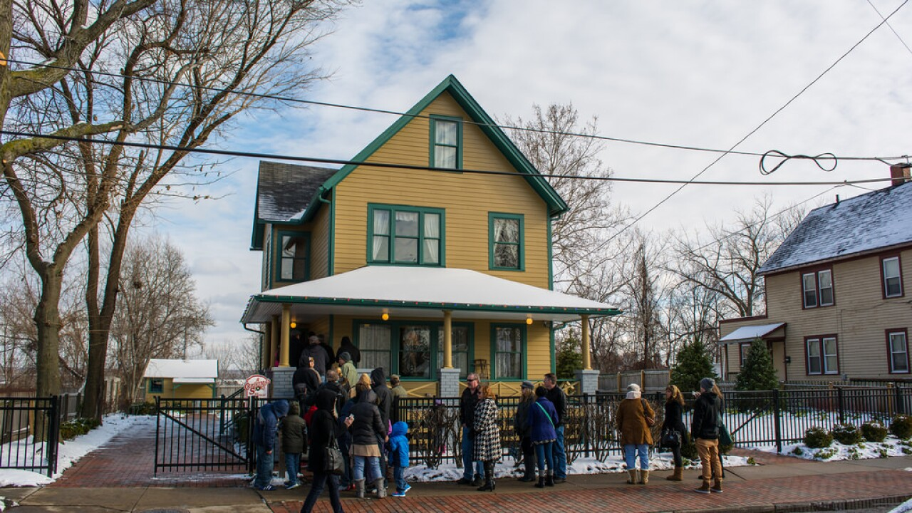 Christmas Story House.The House From A Christmas Story Is Now Available To Rent