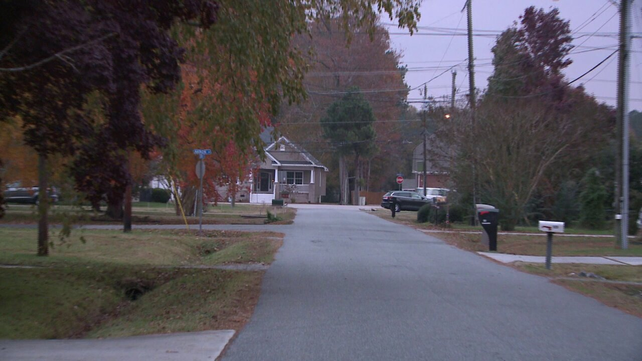 Neighbors say 'we're really lucky that it wasn't us' after Chesapeake neighborhood targeted bybreak-ins