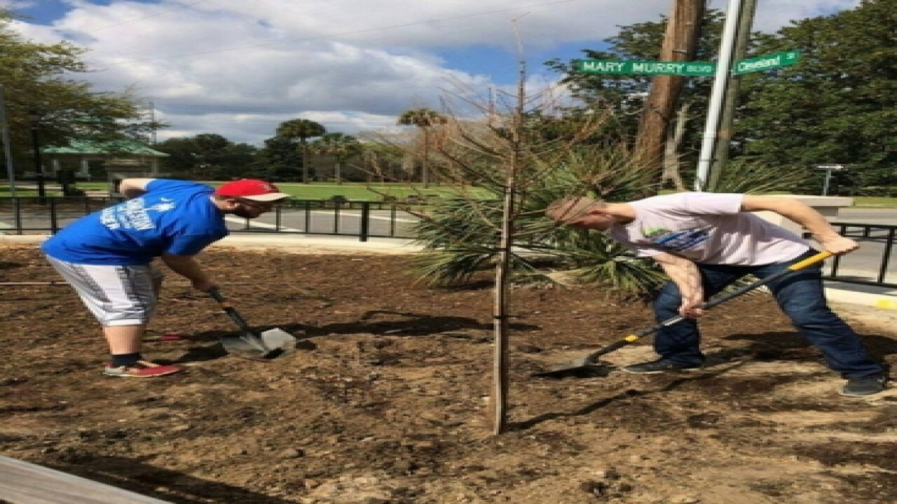 Miami students spend spring break helping others