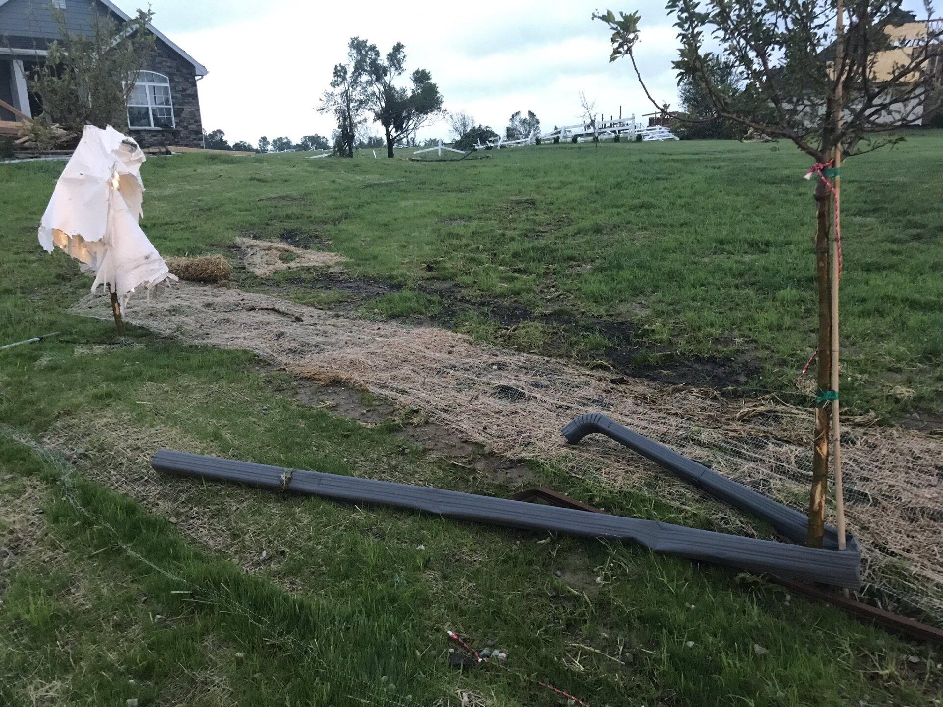linwood tornado damage 2.jpg