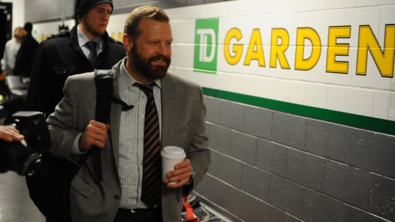 Hall-of-Fame goalie and Michigan native Tim Thomas opens up about brain damage